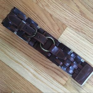 Gorgeous Anthropologie leather belt